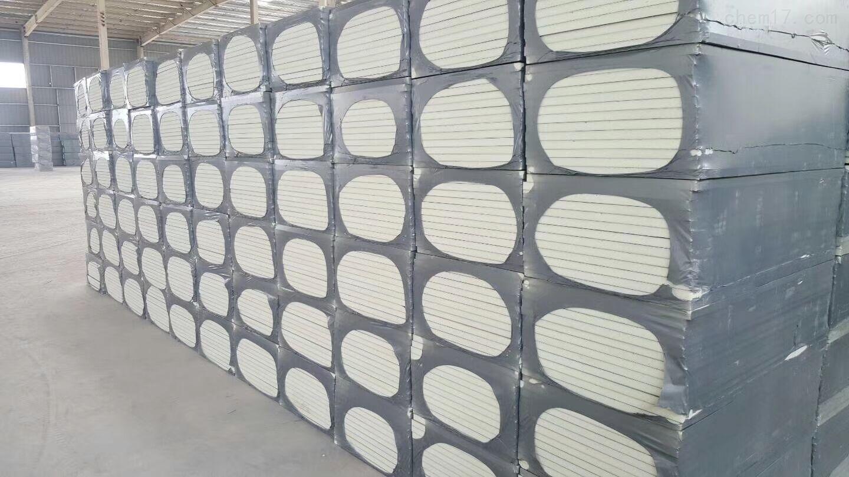水泥基面复合聚氨酯硬泡保温板