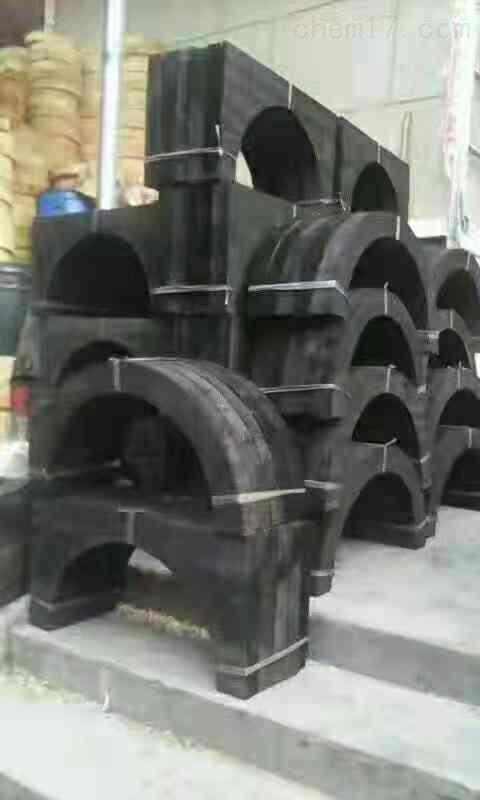 沥青漆管道木托标准尺寸