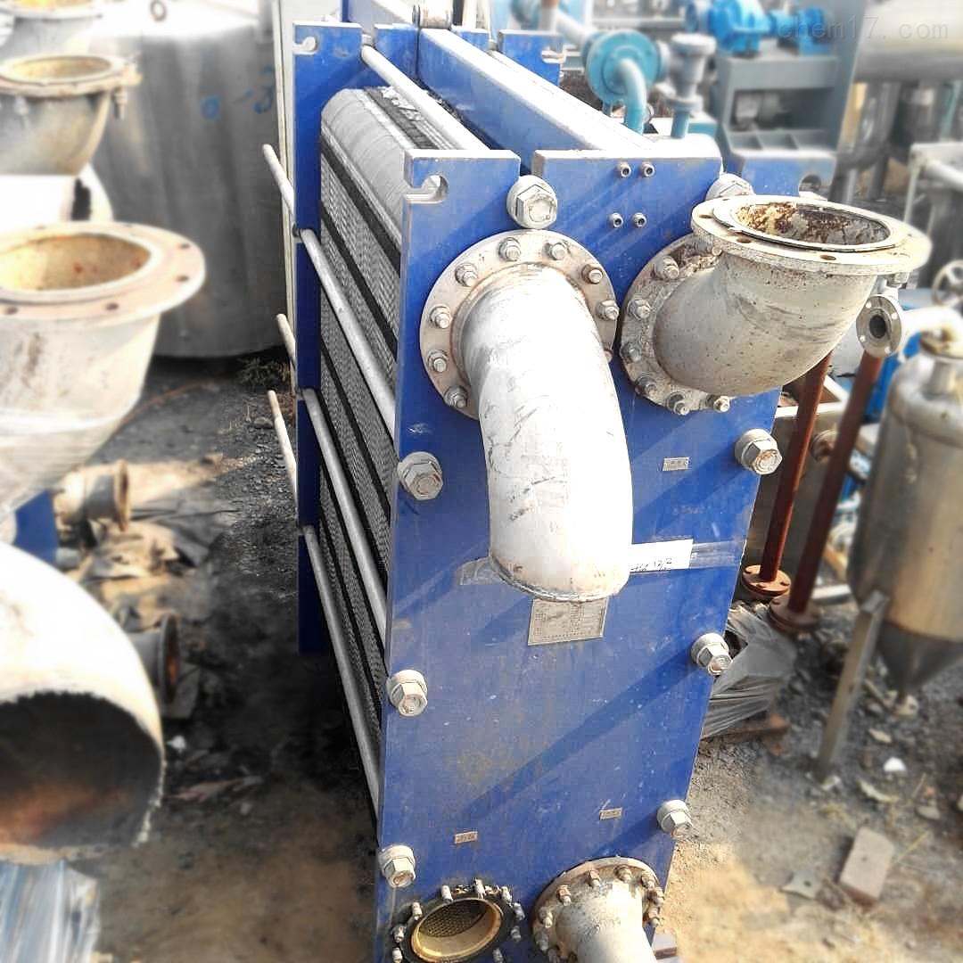 工厂转让九成新50平方二手板式换热器价格