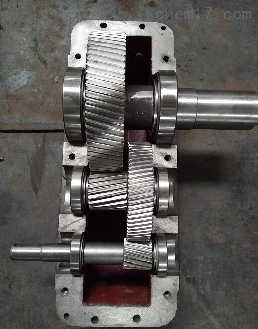 泰兴:ZLY224-18-1硬齿面齿轮减速机