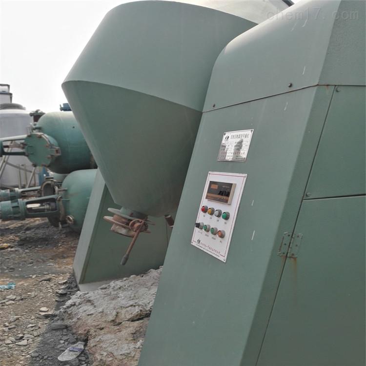 长期回收2000/3000升二手搪瓷双锥干燥机