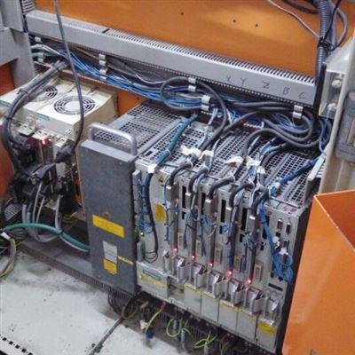 丽江840D数控机床出现白屏芯片级维修