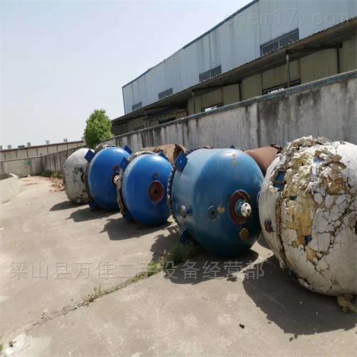 工厂停产出售3000搪瓷反应釜