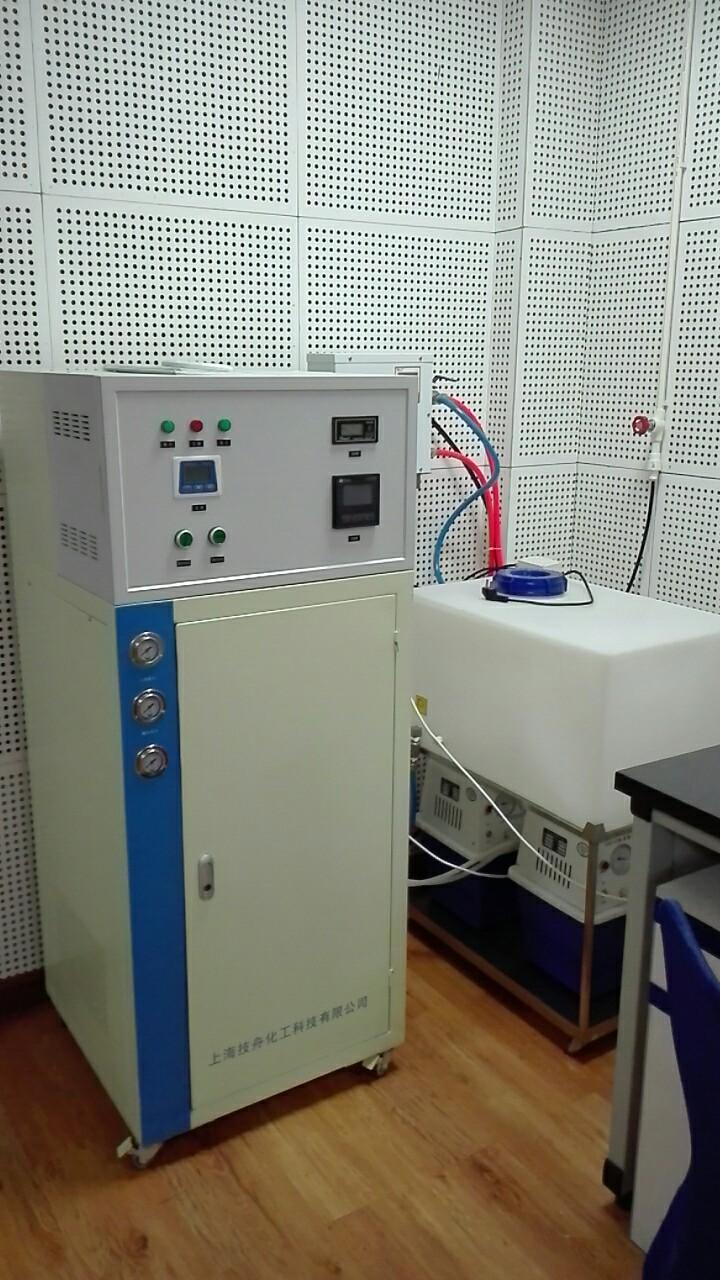 纯水脱氧恒温系统