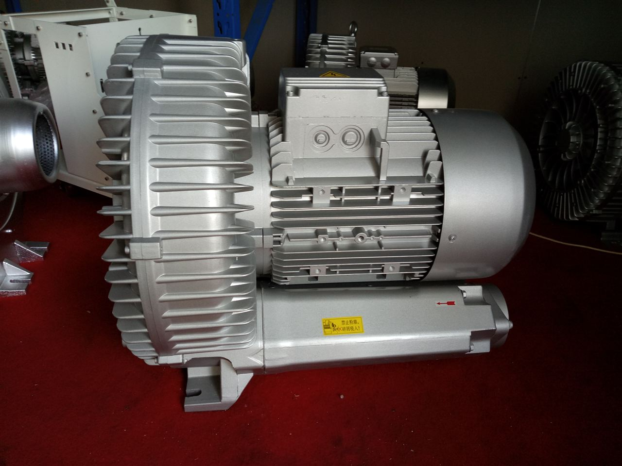 <strong>三相380V漩涡式气泵</strong>