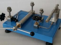 台式气压泵